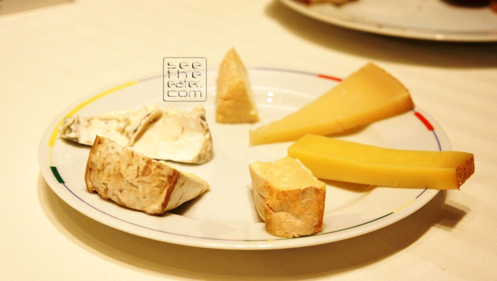 We got an assortment of cheeses, besides blue cheese. Rich and creamy high quality cheeses!
