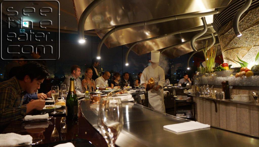 Main teppanyaki dining room